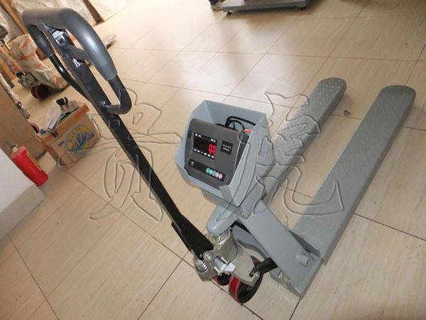 电子叉车秤2000kg-搬运电子秤2500kg价格
